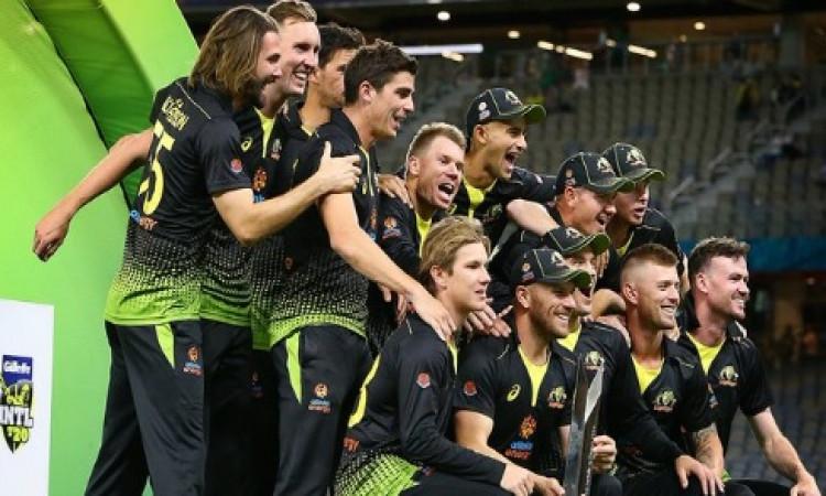 पाकिस्तान को ऑस्ट्रेलिया ने आखिरी टी-20 मैच में 10 विकेट से हराया, यह बना मैच का हीरो Images