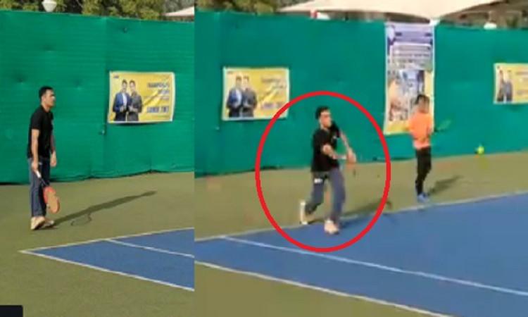 VIDEO धोनी की यहां हुई जबरदस्त वापसी, टेनिस कोर्ट में दिखा रहे हैं अपना कमाल, देखिए ! Images