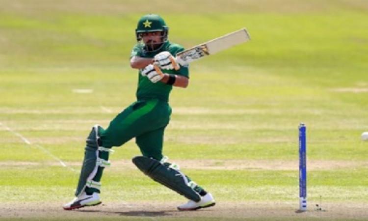 रिकी पोंटिंग ने माना, अभी बाबर आजम और भी कमाल करते नजर आएंगे इंटरनेशनल क्रिकेट में ! Images