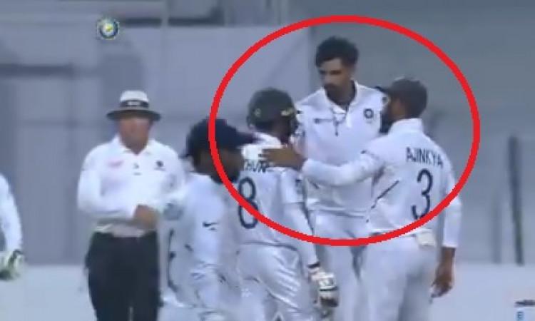 VIDEO इशांत की खतरनाक बाउंसर लगी बल्लेबाज मोहम्मद मिथुन को, फिर इशांत ने पूछा हाल Images