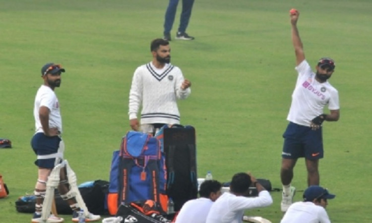 D/N Test: Kohli takes charge, faces Shami during twilight Images
