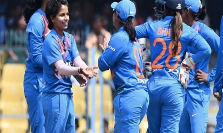 दूसरे वनडे मैच में भारतीय महिला ने वेस्टइंडीज को 53 रनों से हराया,  पूनम राउत की शानदार पारी Images