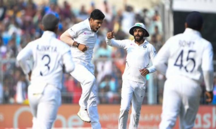 ऐतिहासिक डे -नाइट टेस्ट मैच में भारत ने रचा इतिहास, बांग्लादेश एक पारी और 46 रनों से हारा Images