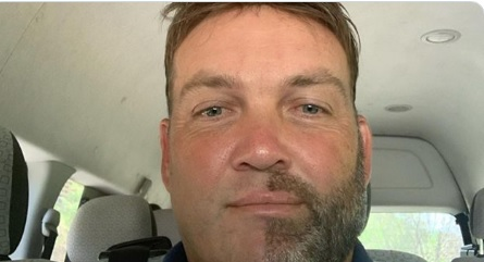 Why Kallis shaved exactly half of his beard & moustache? Images