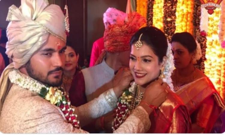 क्रिकेटर मनीष पांडे ने अभिनेत्री अश्रिता से की शादी ! Images