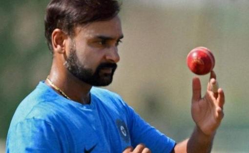 रणजी ट्रॉफी : रेलवे ने उत्तर प्रदेश को 175 रन पर समेटा, अमित मिश्रा की गेंदबाजी का कहर Images