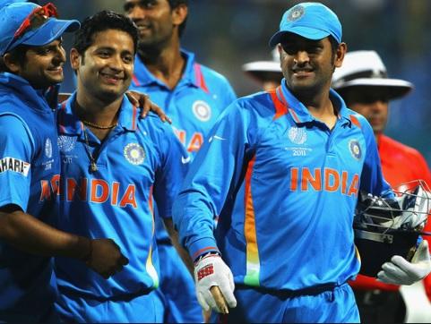 IPL 2020 Auction : पीयूष चावला पहुंचे धोनी की टीम सीएसके में,  6 करोड़ 75 लाख में खरीदे गए ! Images
