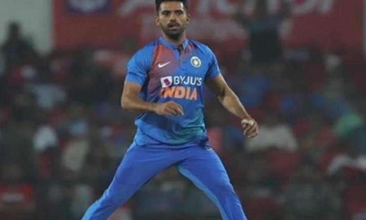 वेस्टइंडीज के खिलाफ पहले टी-20 में दीपक चाहर के नाम दर्ज हुआ अनचाहा रिकॉर्ड ! Images