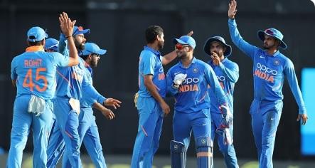पहले वनडे के लिए भारत की संभावित प्लेइंग XI, कुलदीप- युजवेंद्र चहल में किसे मिलेगा मौका ! Images