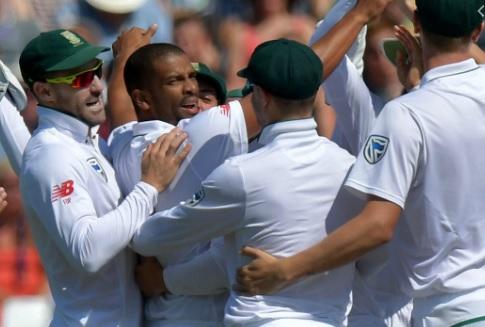 साउथ अफ्रीका के एक और दिग्गज ने इंटरनेशनल क्रिकेट से किया संन्यास का ऐलान ! Images