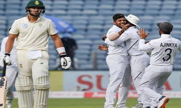 क्रिकेट फैन्स को झटका, यह बल्लेबाज पूरे सीरीज से हुआ बाहर ! Images