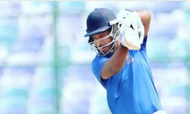 बचपन के कोच ने कहा, वेस्टइंडीज के खिलाफ इस नंबर पर बल्लेबाजी करें संजू सैमसन ! Images