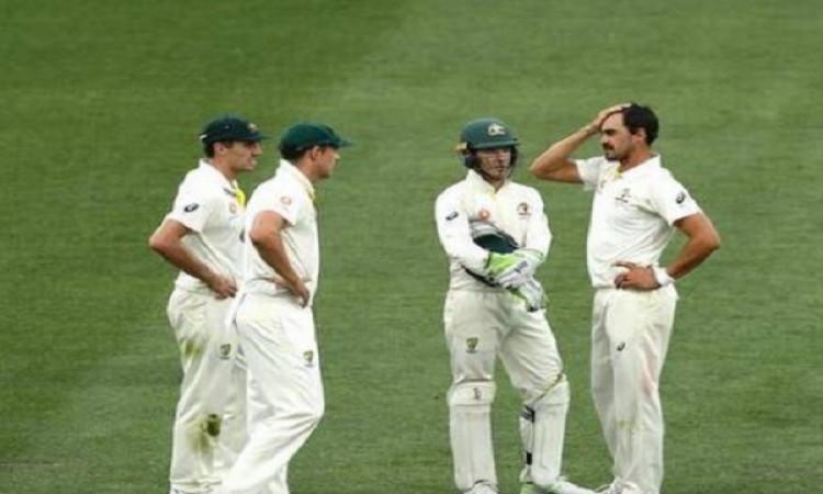 रावलपिंडी टेस्ट : पाकिस्तान ने श्रीलंका को बैकफुट पर धकेला, पाकिस्तान के गेंदबाजों का कमाल Images