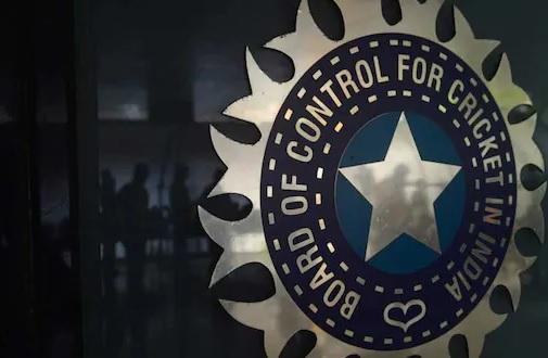 चार टीमों के साथ टूर्नामेंट होने को लेकर इंग्लैंड बोर्ड करेगा बीसीसीआई से बात Images