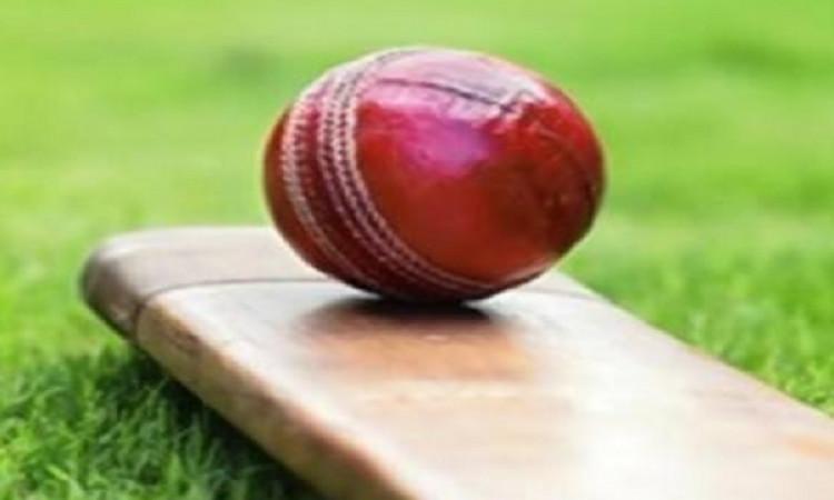 हार्ट अटैक के कारण लाइव मैच में अंडर- 23 टीम के युवा क्रिकेटर की हुई मौत ! Images