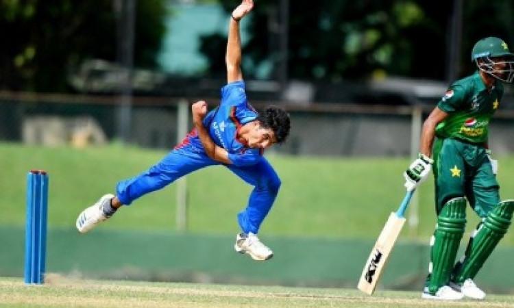 आईपीएल ऑक्शन में शामिल हुआ 14 साल का अफगानिस्तानी गेंदबाज, फ्रेंचाइजी के बीच होगी खरीदने की होड़ ! I