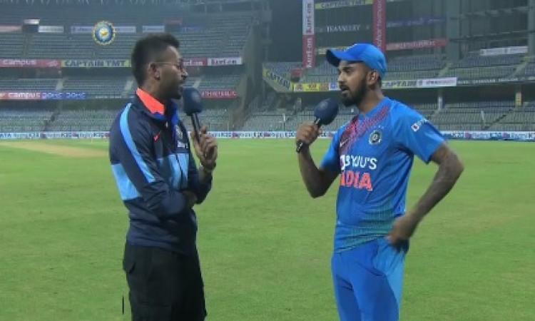 VIDEO तीसरा टी-20 जीतने के बाद केएल राहुल ने हार्दिक पांड्या का किया इंटरव्यू, वापसी का इंतजार है Im