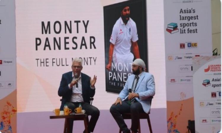 भारतीय टीम को विदेश में लगातार अच्छा खेलना होगा : मोंटी पनेसर Images