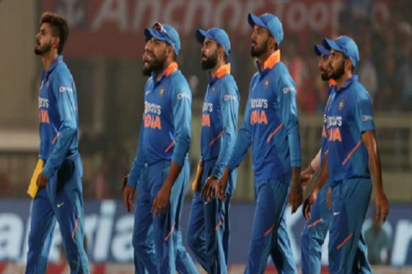 भारत को दूसरे वनडे में मिली 107 रनों से जीत, कुलदीप नहीं बल्कि इसे मिला मैन ऑफ द मैच का खिताब ! Imag