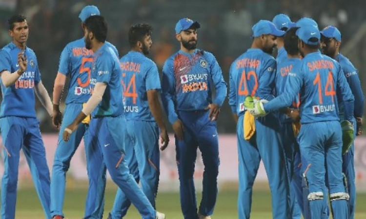 India vs Australia: किस टीम का पलड़ा है भारी,  हेड टू हेड रिकॉर्ड्स, दोनों टीमों की संभावित प्लेइंग