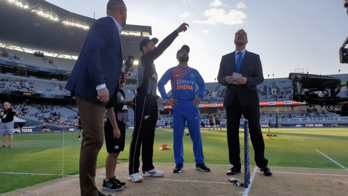 India opt to bowl first against New Zealand in first T20I