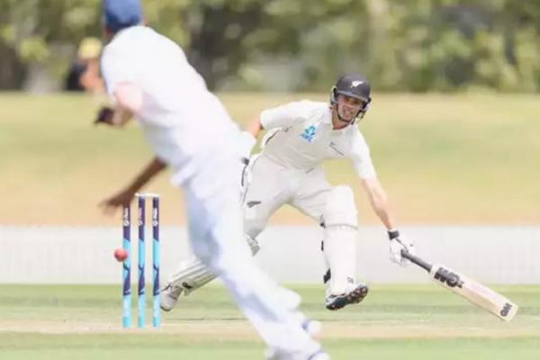 अनाधिकारिक टेस्ट : क्लीवर के शतक से मजबूत न्यूजीलैंड-ए Images