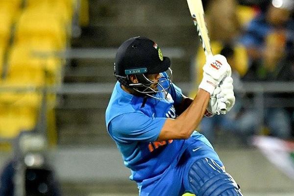 चौथे टी-20 में मनीष पांडे का अर्धशतक, भारत के लिए खेली संघर्षभरी पारी, न्यूजीलैंड को जीत के लिए 166