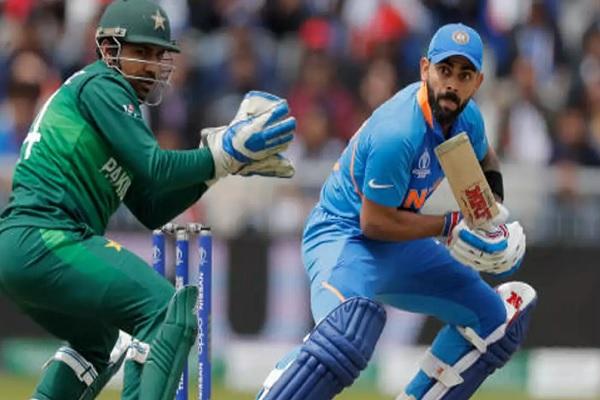 बीसीसीआई ने कहा, पाकिस्तान करें एशिया कप की मेजबानी, लेकिन टीम इंडियानहीं जाएगीपाकिस्तान Images