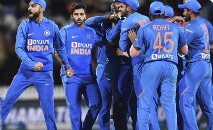 वेलिंग्टन टी-20 में भारतीय टीम प्लेइंग XI में बदलाव के साथ मैदान पर उतरेगी (प्रीव्यू) Images