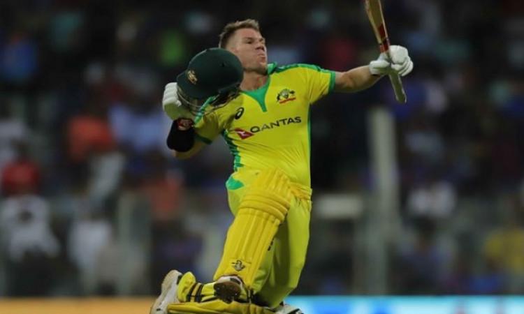 पहले वनडे में 10 विकेट से हारा भारत, वॉर्नर बने ऑस्ट्रेलियाई सबसे तेज 5000 रन बनानें वाले बल्लेबाज !