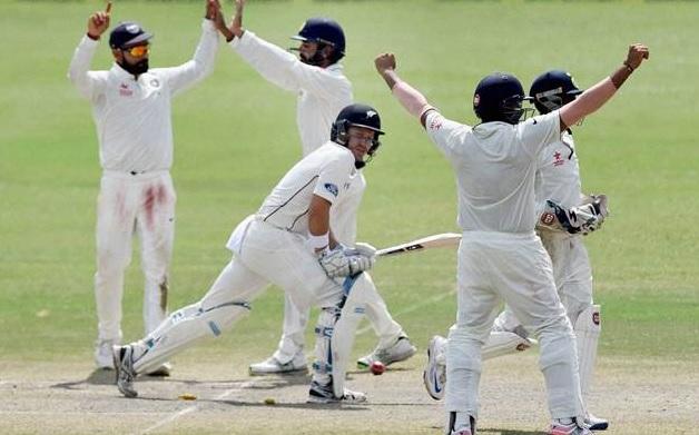 भारत - न्यूजीलैंड टेस्ट सीरीज से पहले झटका, इस अनुभवी खिलाड़ी ने किया संन्यास का ऐलान ! Images