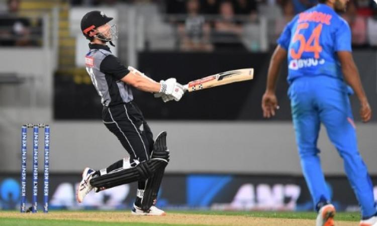 पहले टी-20 में न्यूजीलैंड बल्लेबाजों ने की रनों की बरसात, भारत को 204 रनों का टारगेट  ! Images