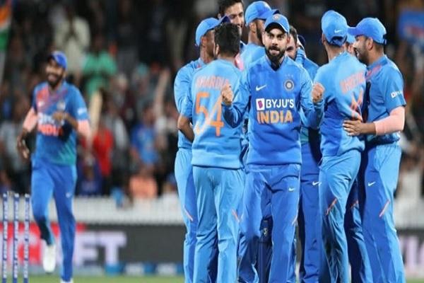 सीरीज जीत के बाद कोहली ने दिए संकेत, चौथे-पांचवें टी-20 में बदलेगी भारतीय प्लेइंग XI, इन 2 खिलाड़ियो