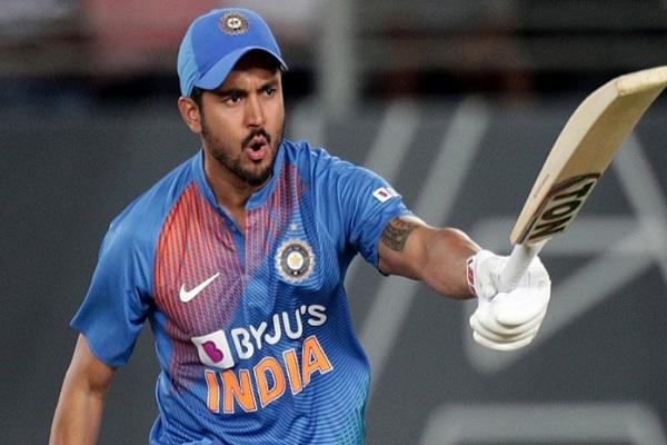 4th T20I: मनीष पांडे की अर्धशतकीय पारी के दम पर भारत ने न्यूजीलैंड को दिया 166 रनों का टारगेट ! Imag