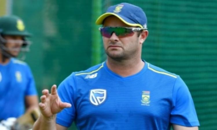 साउथ अफ्रीका के पूर्व दिग्गज मार्क बाउचर का मानना है कि क्रिकेट में आक्रमकता बेहद जरूरी है ! Images