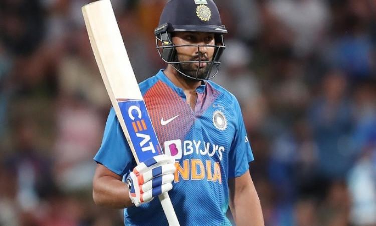 3rd  T20I: रोहित शर्मा की धमाकेदार पारी, भारत ने न्यूजीलैंड को दिया 180 रनों का टारगेट ! Images