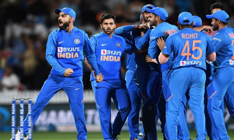 Live Cricket Blog India vs New Zealand 3rd ODI