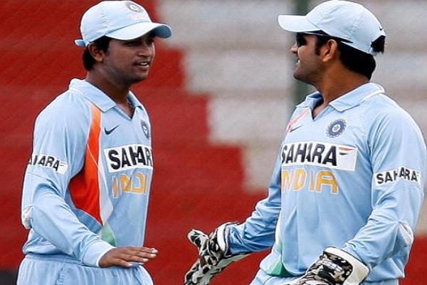 प्रज्ञान ओझा ने कह दी बड़ी बात, कहा गेंदबाजों के कप्तान हैं धोनी ! Images