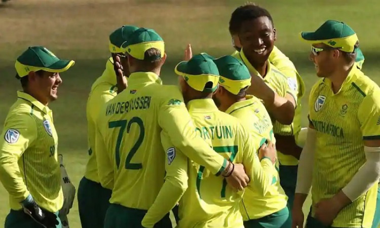 Reeza Hendricks summoned for final two Australia T20Is