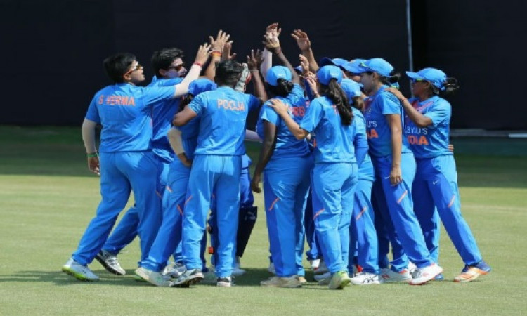 महिला क्रिकेट में भारतीय महिला टीम को मिली हार, इंग्लैंड ने चार विकेट से जीता ! Images