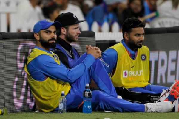 5वें टी20 में दिखा दिल जीतने वाला नजारा, कोहली, विलियमसन -ऋषभ पंत एक साथ मैच का मजा लेते हुए नजर आए