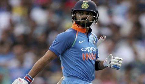 लगातार 3 वनडे मैच में विराट कोहली हुए बोल्ड आउट, पहली बार हुआ ऐसा ! Images