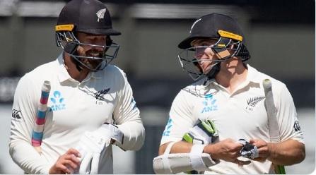 पहले दिन का खेल खत्म, न्यूजीलैंड 63/0, भारत की पहली पारी 242 पर हुई आउट ! Images