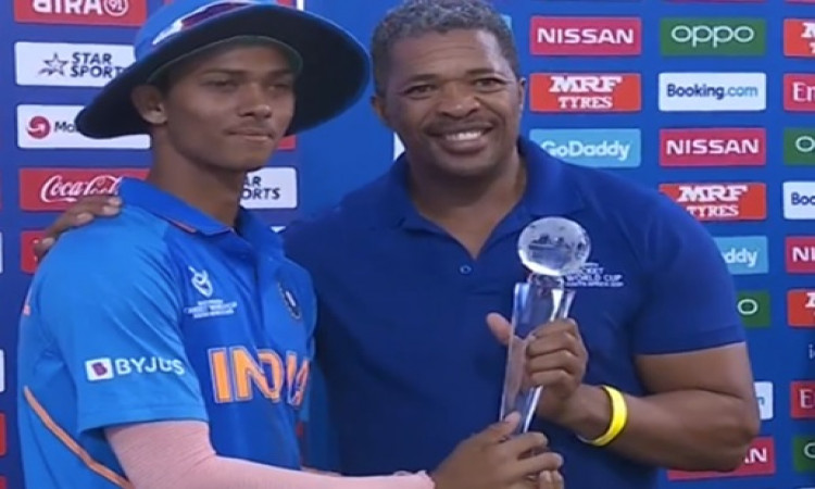 Jaiswal's WC man of the tournament trophy breaks Images