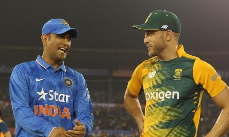 Faf du Plessis and MS Dhoni