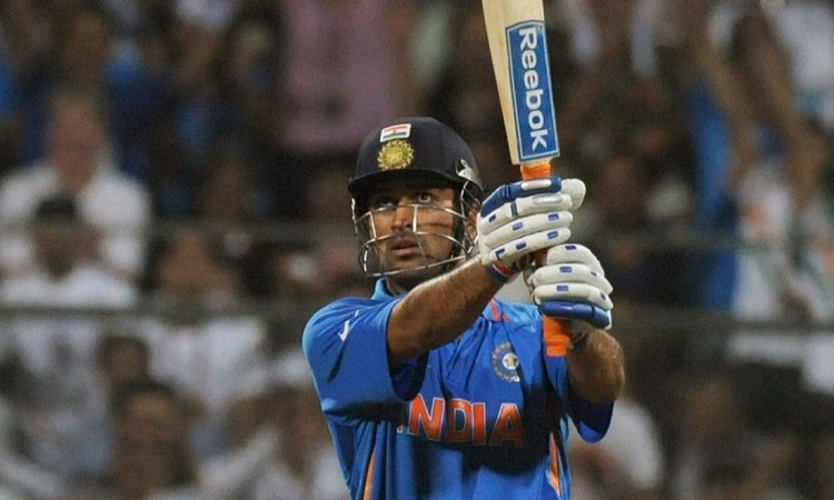 MS Dhoni 2011 World Cup Final