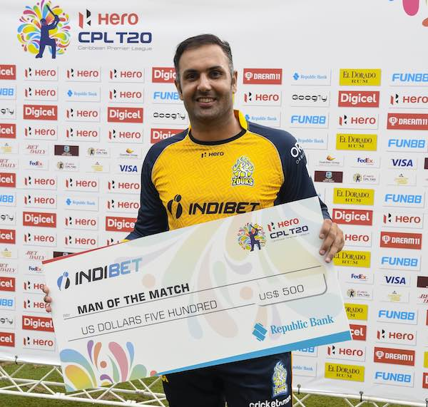 Nabi After Receiving The Man Of The Match Award Images