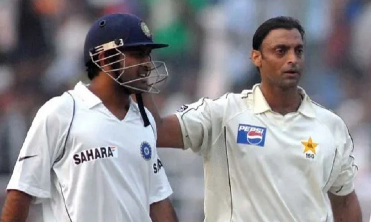 Shoaib Akhtar and MS Dhoni