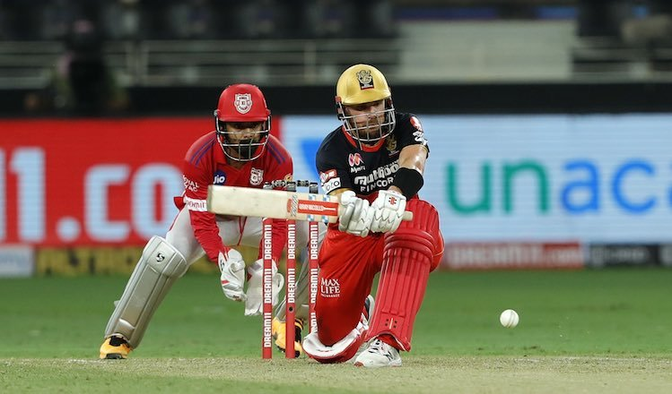 Aaron Finch (RCB) In Action Images
