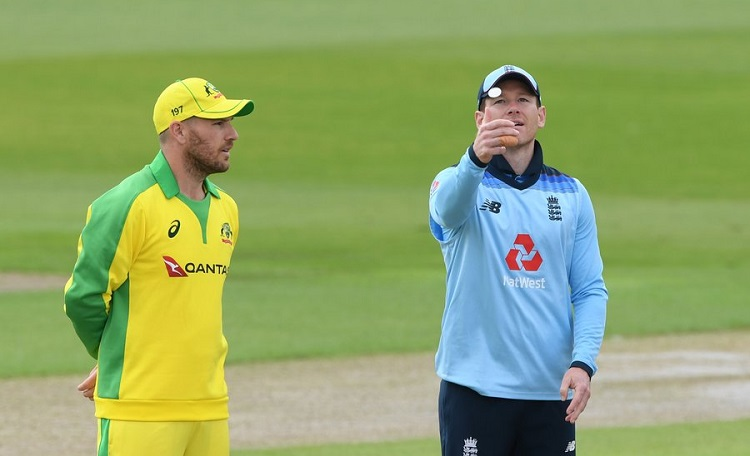 England opt to bat first against Australia in third odi